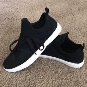 Brash black sneaker